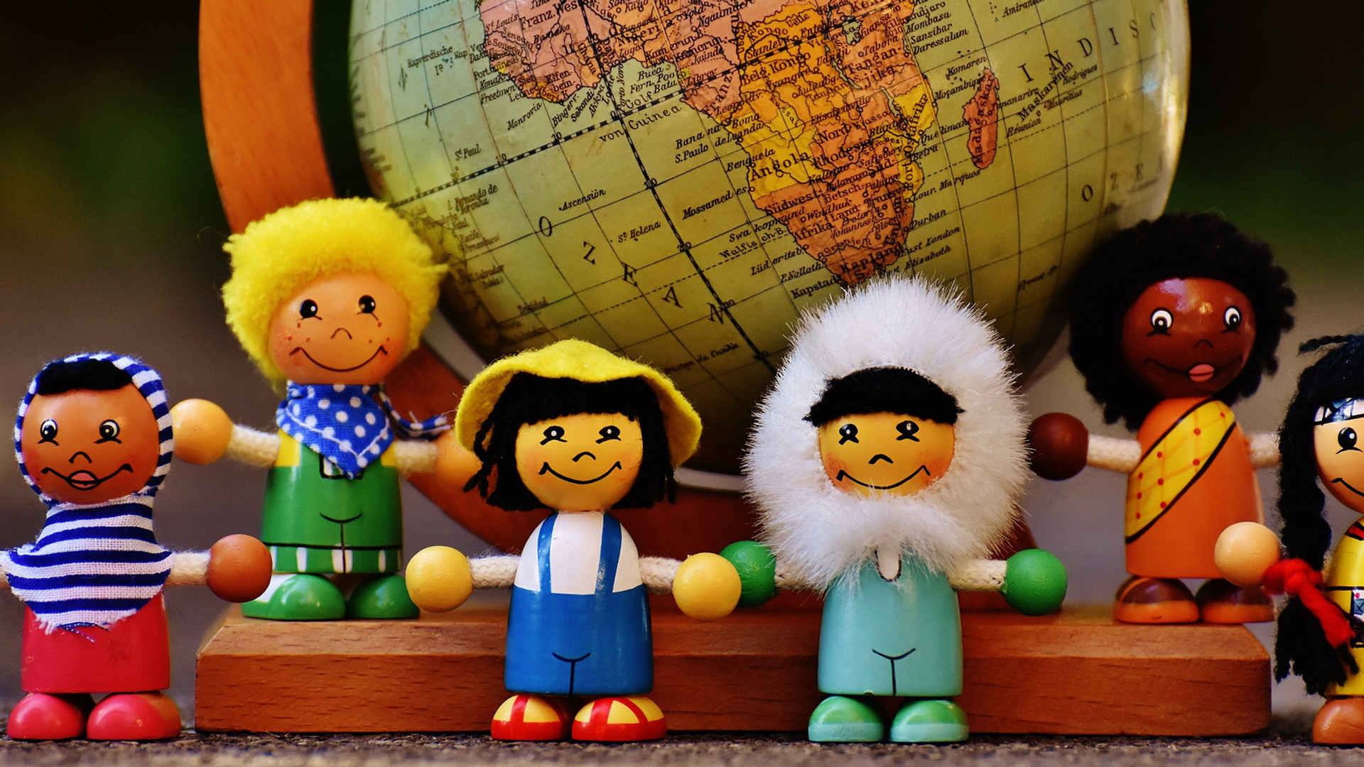 different-nationalities-1743400.jpg