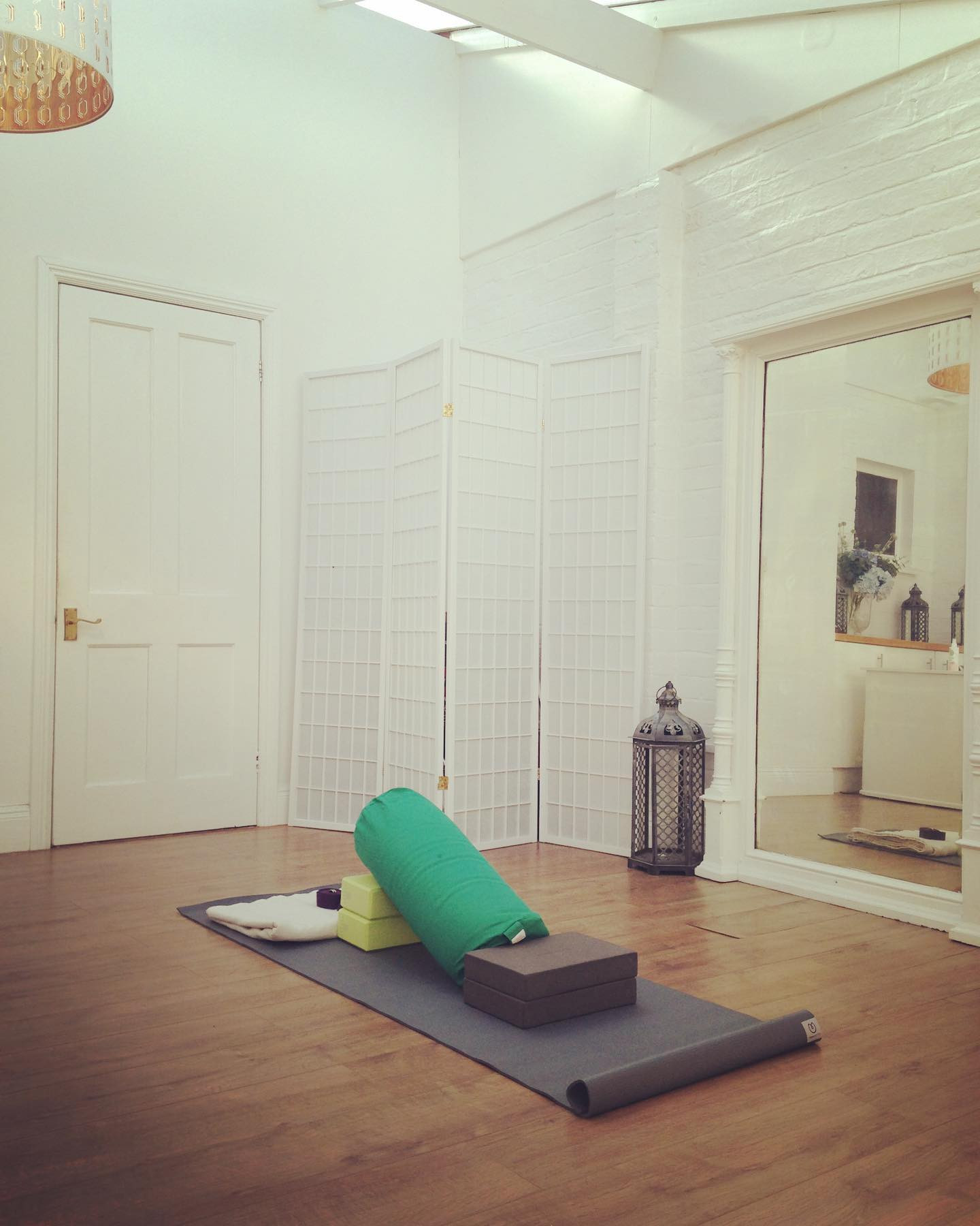 Yoga therapy inspired 1-1 sessions