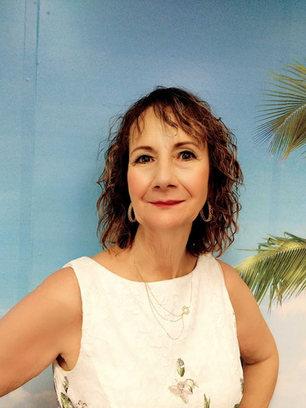 Sandie Fuenty Independent Consultant, Mary Kay Cosmetics, and Ambassador, MK Foundation.VeriDiva Las Vegas, NV