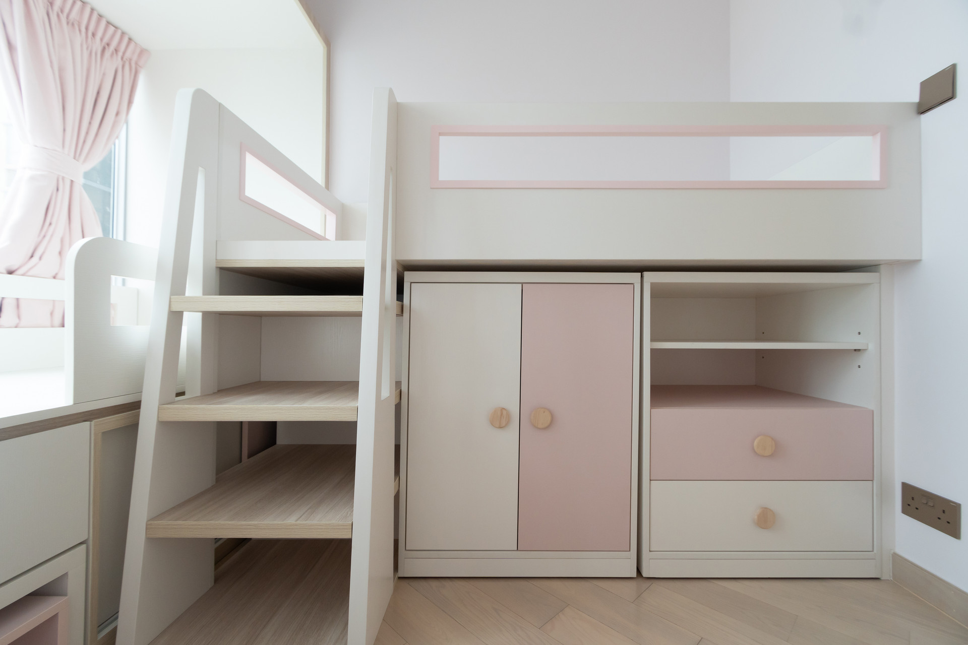 MNOP Design - Latitude