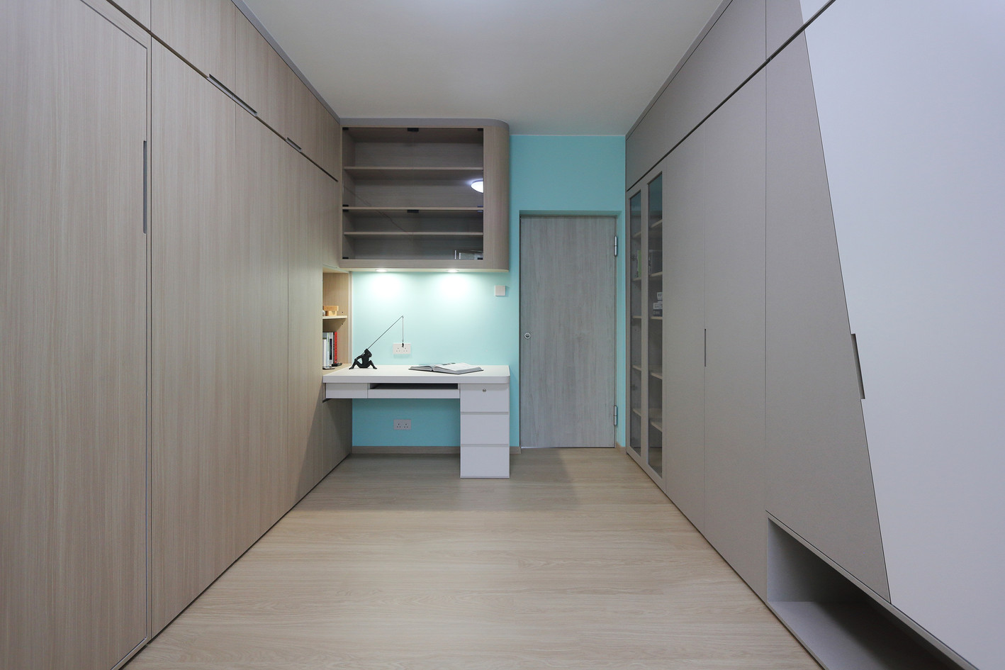 MNOP Design - Scenic Villa