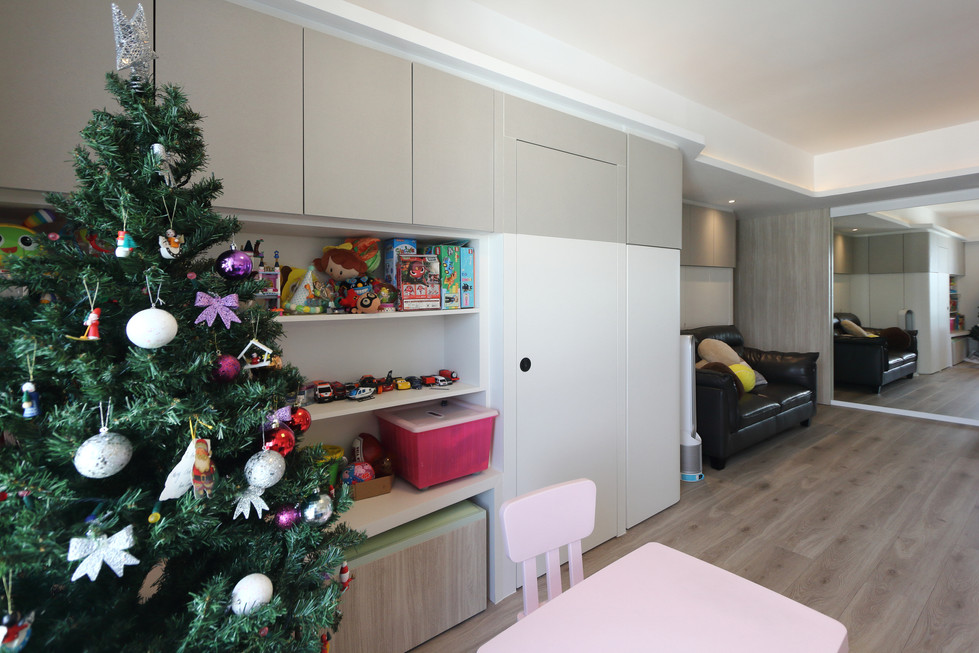MNOP Design - Kings View Court