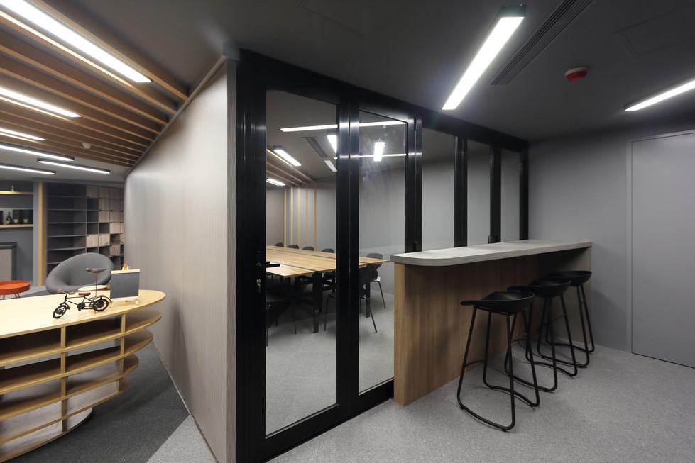MNOP Design - C21 Co-Work Office