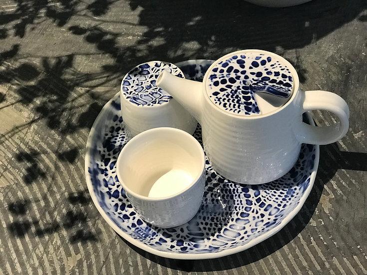 結.情 Knitting Knots of Love - Tea Pot Set