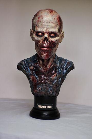 Zombie bust Walking dead resine buste horror resin Bensculpt Creations Bensculptcreations gore resin horreur film statue figurine figure