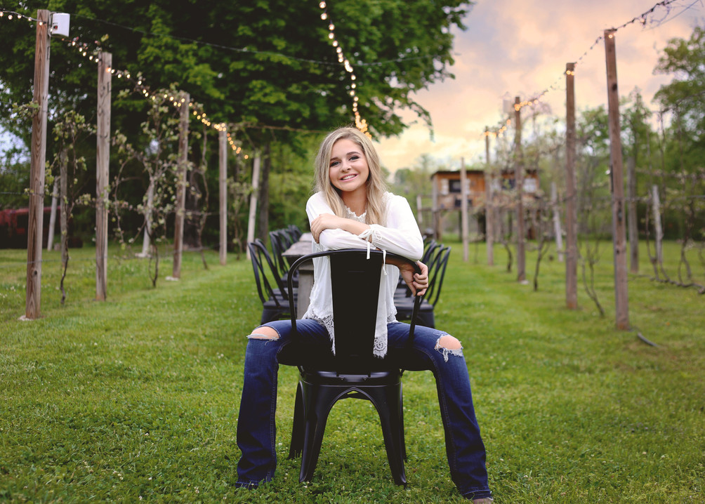 jessie arras- Senior photography - famil