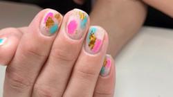 Odrobina koloru na paznokciach naszej klientki - wyk. Adrianna
