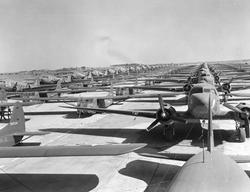 203394 C47s-&-Gliders-Varsity