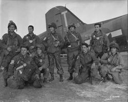 205688 Varsity,-Troops-with-Generals