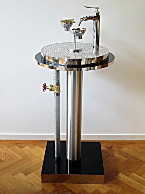 1st Merit Sculpture Award_Graeme Paris_Water-liquid gold of the future