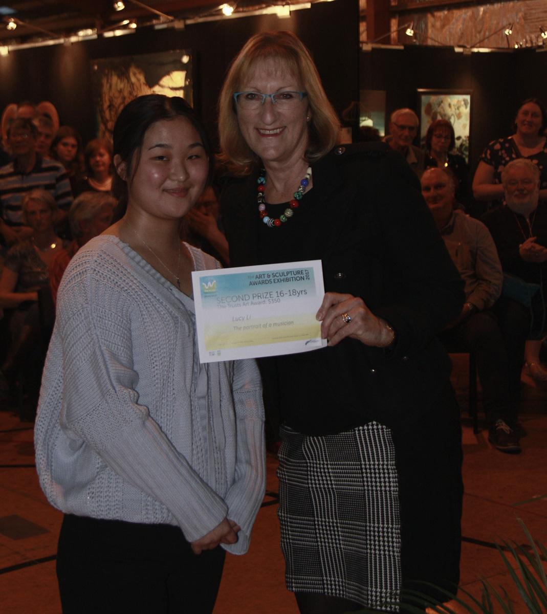 00038 Lucy Li & Linda Cooper