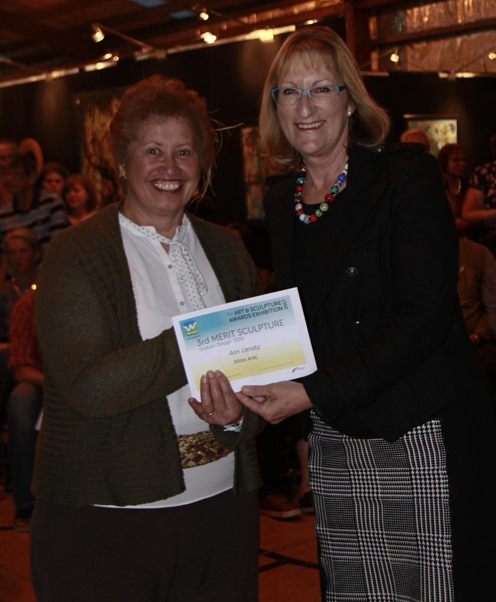 00050 Ann Uerata & Linda Cooper