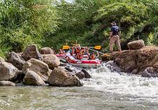 Израиль, река Иордан, спуск по реке на лодках, путешествие по Израилю, активный отдых в Израиле