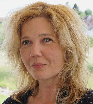 Portrait_Daniela_Muegeli_web.jpg