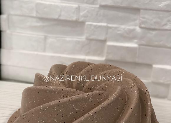 Granit Döküm Kek Kalıbı Krem