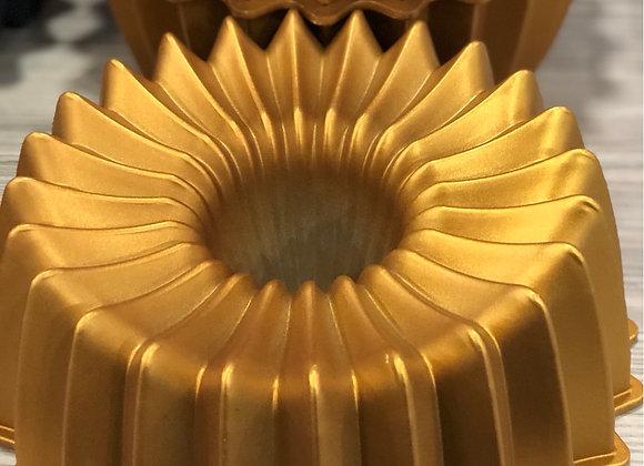 Döküm Kek Kalıbı Gold