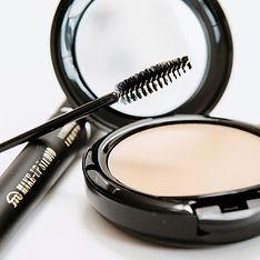 Wimpern und Make-up