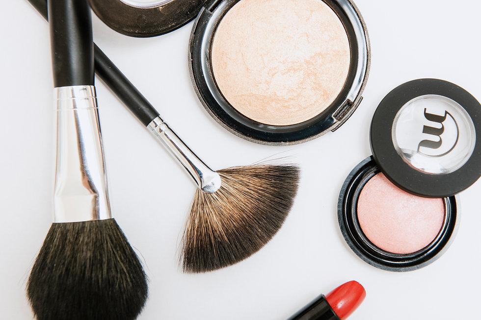 Make-up by Make-up Studio