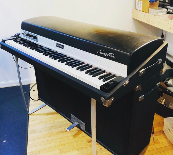 1977 Mark 1 Suitcase piano