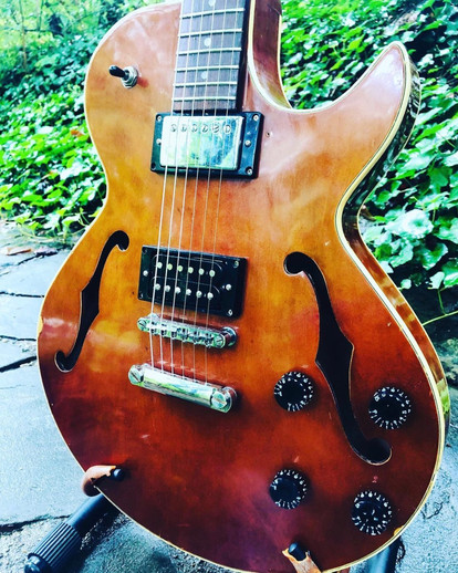 1970s Hondo 927
