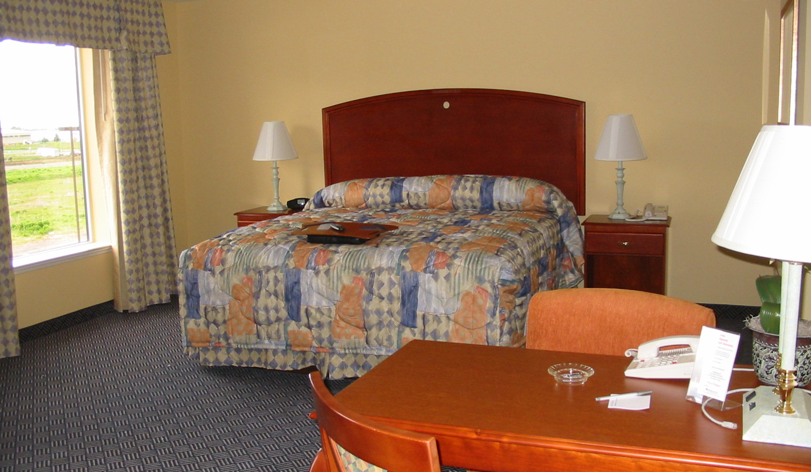 Hampton Inn 005 - Copy.jpg