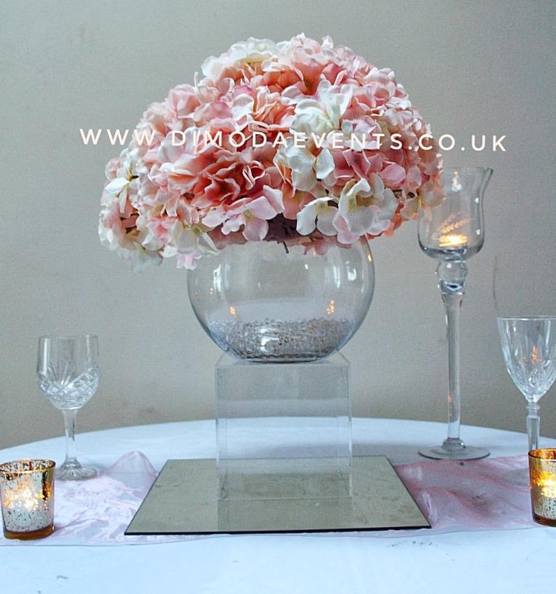 Hydrangea Fishbowl Plinth