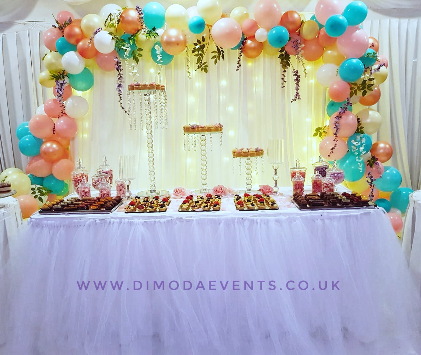 Full 3m Wide Balloon Garland