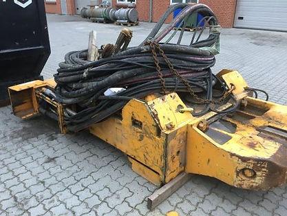 Martillo vibrador ICE 416 usado, martillo vibrador PVE 2323 VM usado