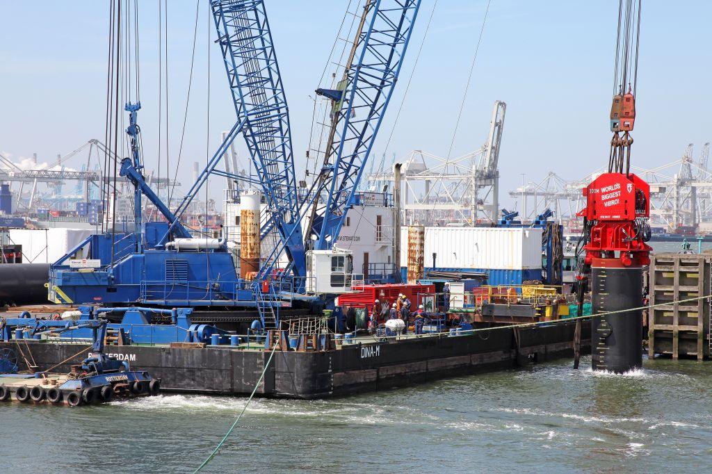 Martillos PVE en obras Portuarias