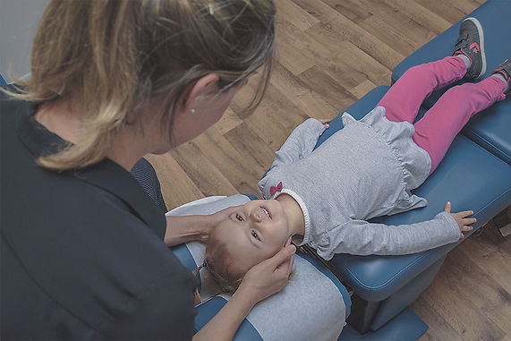 Chiro-2-Clinique-Chiropratique-INTERAXION.jpg