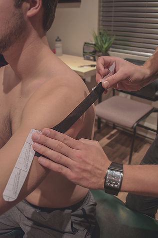 Kinesiotaping-Clinique-Chiropratique-INTERAXION.jpg