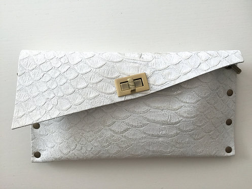 CLUTCH 1 - White Snake Stamp Silver