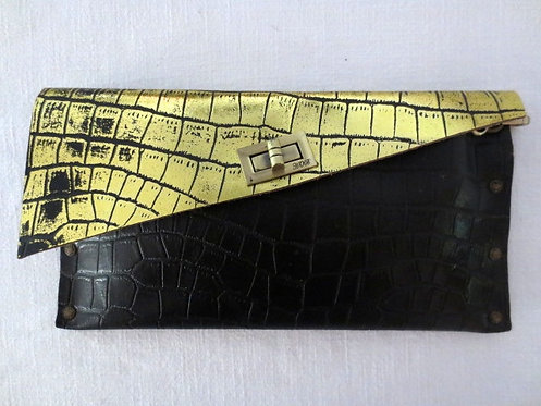 CLUTCH 1 -  Black Alligator Stamp Gold (a)