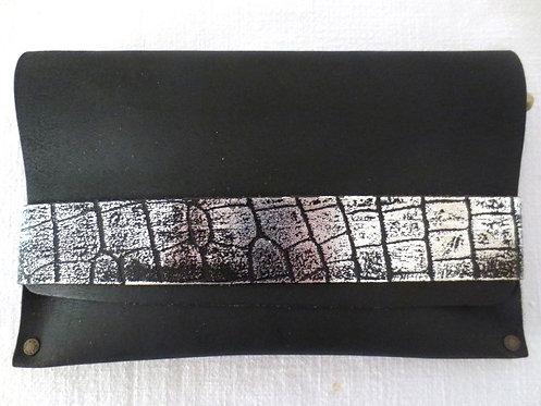 CLUTCH 5 - Plain Black/Silver Croc Band
