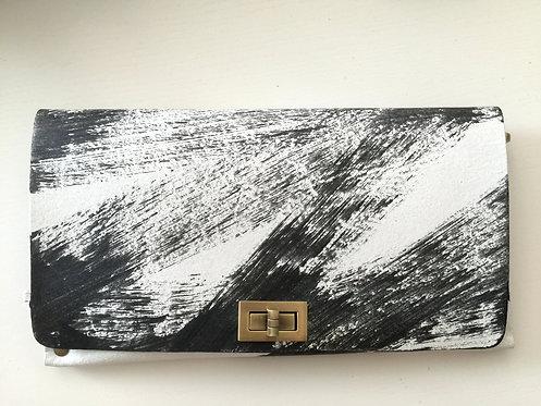 CLUTCH 2 - Hand Paint (A)
