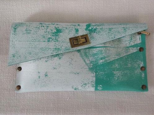 CLUTCH 1 - Turquoise Stamp White - Matt Finish