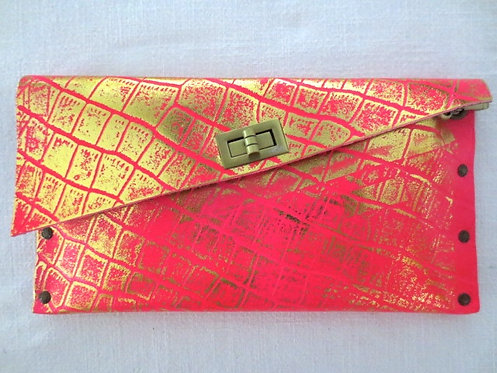 CLUTCH 1 - Pink Alligator Stamp Gold