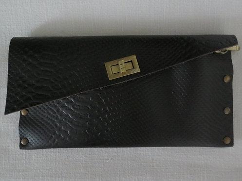 CLUTCH 1 - Plain Black Snake
