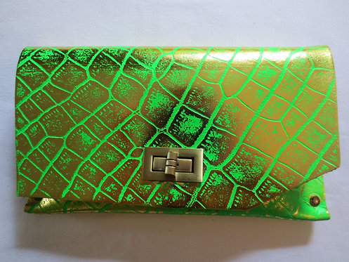 CLUTCH 8 - Fluo Green Alligator Stamp Gold