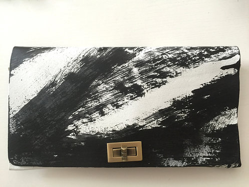 CLUTCH 2 - Hand Paint (B)