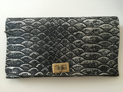 CLUTCH 2 - Black Snake Stamp Silver
