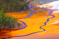 Water pollution of a copper mine exploit