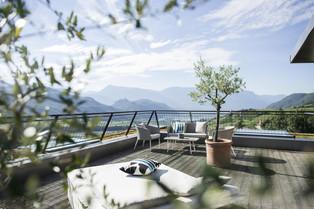 Отели на озерах в Доломитовых Альпах