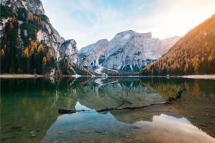 Красивые озера в Доломитовых Альпах