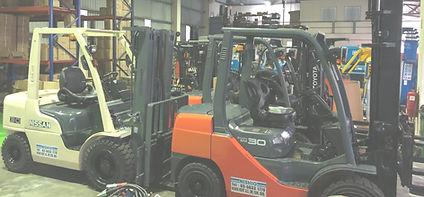 Forklift%20Used%20Box%201_edited.jpg