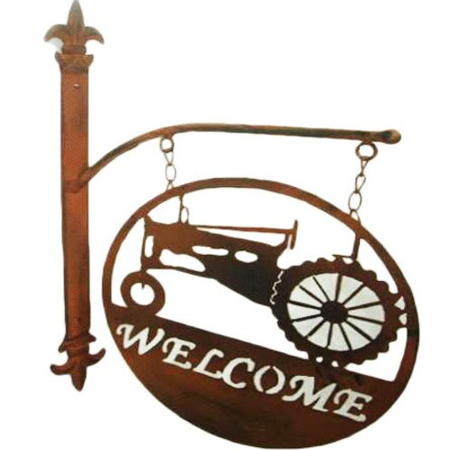 Metal Tractor Welcome Wall Décor