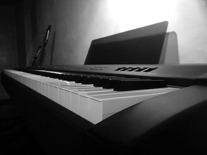 Yamaha P-250 in my home studio - cspencermusic.com