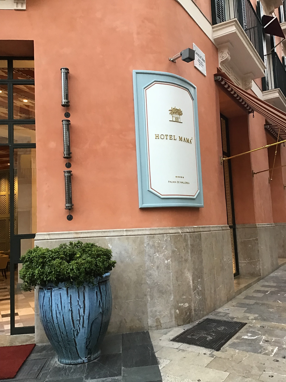 Entrance to Hotel Mamá in Palma Mallorca.