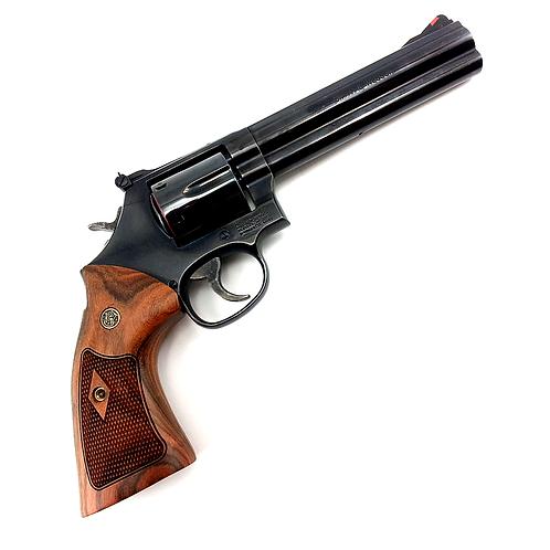 Smith & Wesson 586 calibre .357 mag