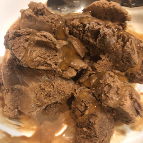 Easy Homemade Chocolate Ice-Cream, No Ice Cream Maker Needed
